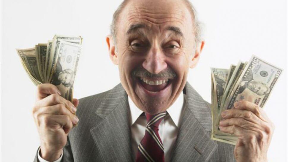 старичек отжал деньги