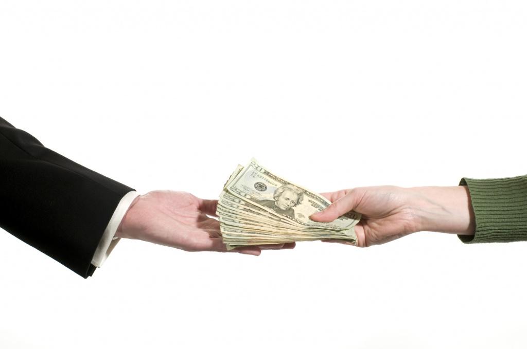 обращение взыскания на денежные средства в валюте